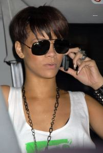 rihanna02-06-20-out-in-manhattan